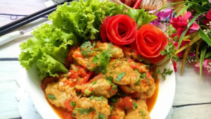 Chả cá thu sốt cà chua đơn giản, hấp dẫn