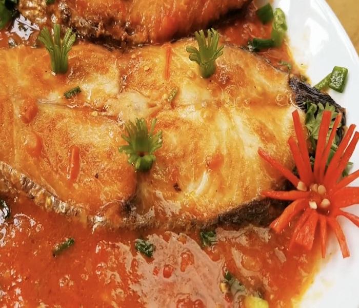 4 Bước làm món cá thu một nắng sốt cà chua ăn là ghiền